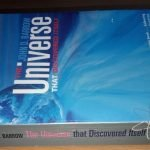 "Libro ""El Universo que se descubrió a sí mismo"" (John D. Barrow, ed. inglesa)"
